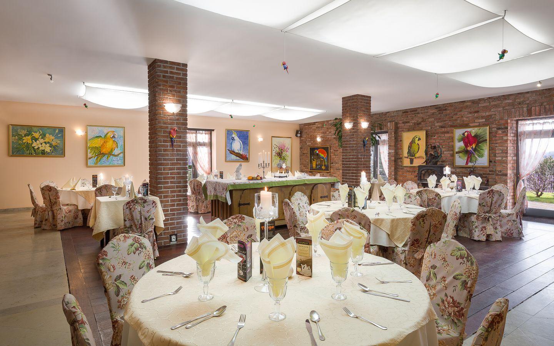 Restaurant hotel tango jelenia g ra for Innendekoration restaurant